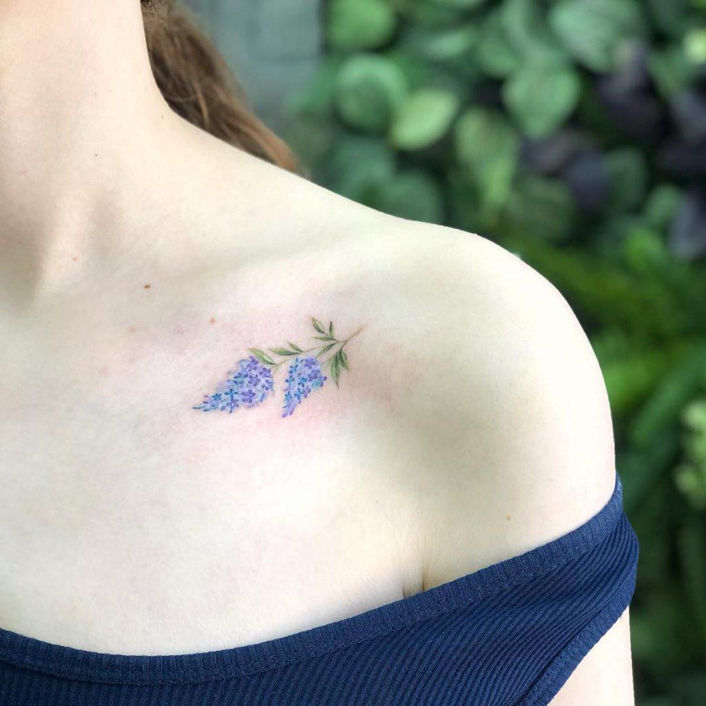 Lilac tattoo on Collarbone by Sasha Vorobiova
